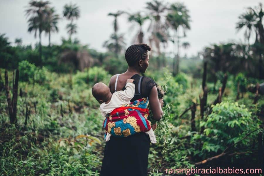 The Benefits of Babywearing for You and Baby