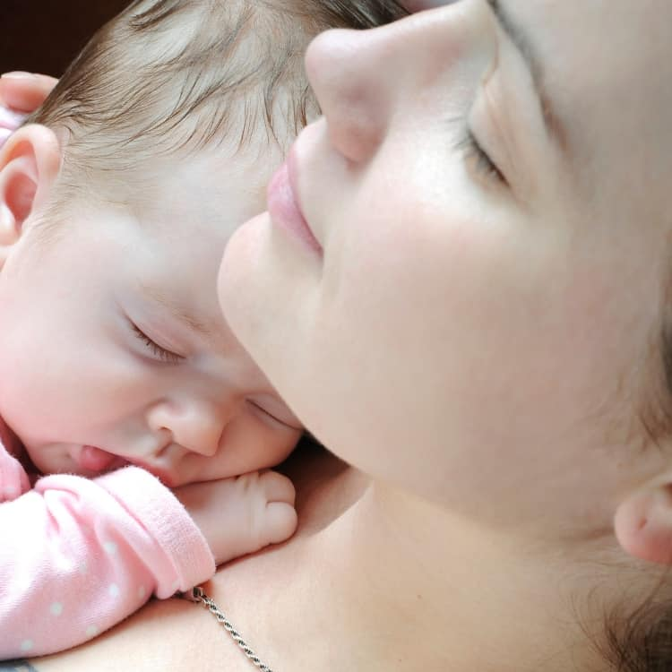 Tips for new moms who are tired and other great postpartum recovery tips!