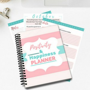 a planner to help you bring more positivity and happiness into your life! | planner | positivity | happiness | motherhood | mom life