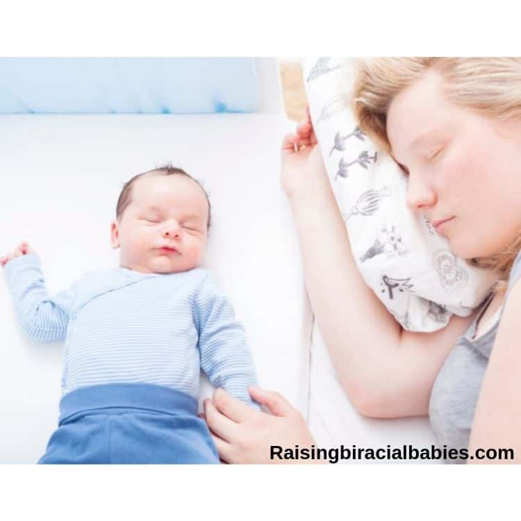 mom and newborn baby co-sleeping safely.